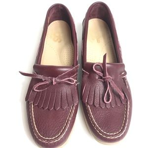 SAS hand sewn leather loafers barely used